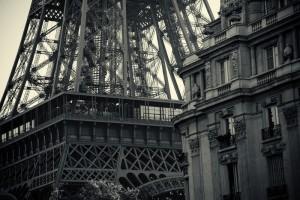 de Eiffeltoren, Parijs - Raccourci vertaalbureau Frans, beëdigd vertaler Frans
